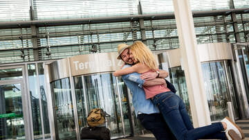 None - Listener Erin's Sweet Airport Love Story