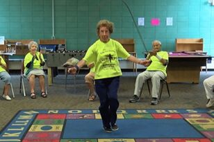 96-Year-Old Woman Still Jump Ropes & Teaches Fitness