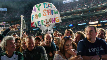 Photos - Foo Fighters at Safeco Field with Joy Formidable and Giants in the Trees