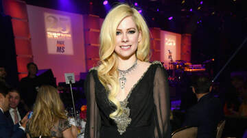 Tara - Avril Teams Up With Nicki Minaj