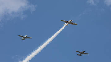 Photos - Photos: Cincinnati Warbirds fly over Riverfest