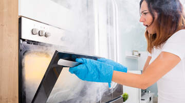 Brooke and Jubal - Awkward Tuesday: Girlfriend Can't Cook