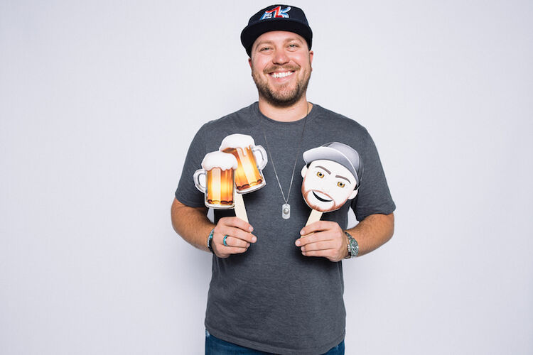 "Mitchell Tenpenny ""Me vs. Drunk Me"""