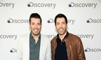 Hollywood Buzz - Property Brothers meets The Bachelor