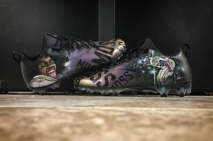 PHOTOS: Check out all of Stefon Diggs' sick custom cleats | KFAN 100.3 FM