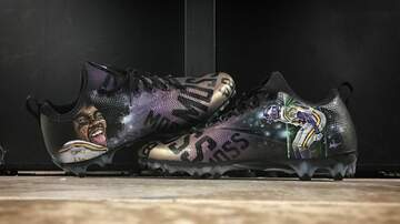 Mansour's Musings - PHOTOS: Check out all of Stefon Diggs' sick custom cleats | KFAN 100.3 FM