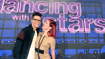 Kelly Sheehan - Bobby & Sharna Waltz To Next Round On DWTS
