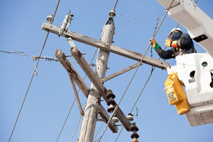 Duke Energy Has 20K Linemen on Standby for Hurricane Florence