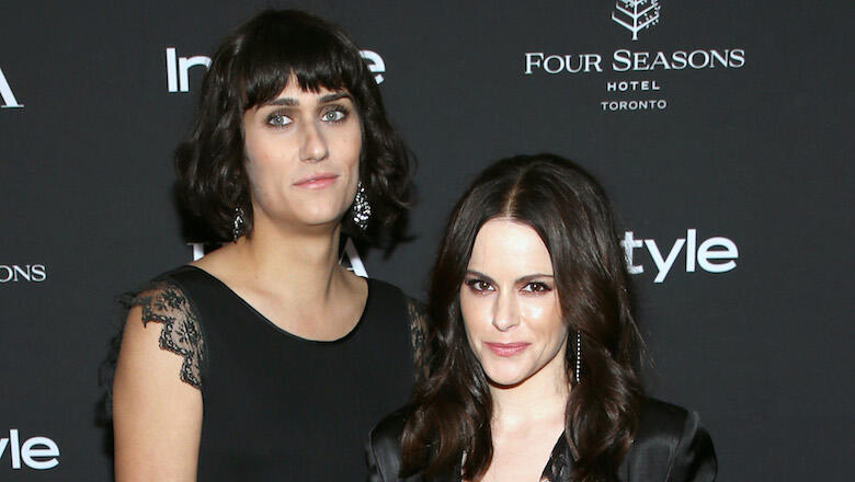 Teddy Geiger & 'Schitt's Creek' Star Emily Hampshire Are Dating Now