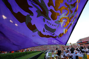 AP Top 25, Coaches Polls: LSU Jumps To No. 6