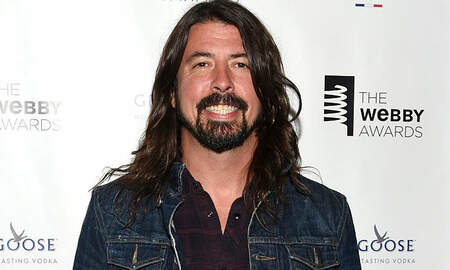 Rock News - Dave Grohl Reveals The Injury That Led To Foo Fighters' Show Cancellations