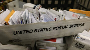 Local News - Holiday Rush Is On For Iowa Postal Workers