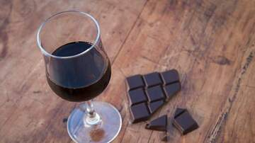 Julie's - The Best Wines to Pair With Halloween Candy