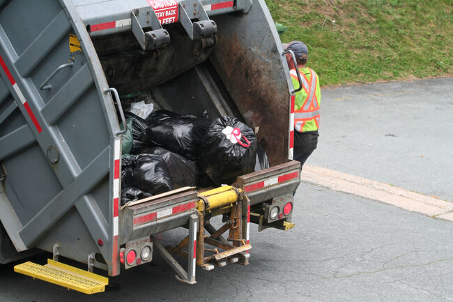 Garbage Truck Getty RF