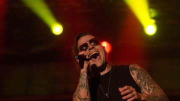 Phyllis - M. Shadows Couldn't Speak For Two Months After His Vocal Cord Infection