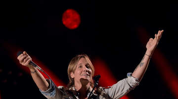 Madison - Keith Urban pulls street performer up on stage!