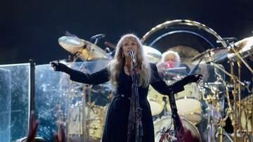 iHeartRadio Music Festival - Stevie Nicks Sang, Moved & Looked Amazing At The iHeartRadio Music Festival