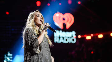 iHeartRadio Music Festival - Carrie Underwood's Baby Was Kicking During Her iHeart Festival Performance
