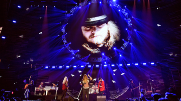 iHeartRadio Music Festival - The Late Ronnie Van Zant 'Performed' 'Free Bird' With Lynyrd Skynyrd