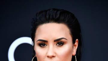 Toby Knapp - Demi Lovato's Snapchat HACKED, nude photos leaked!