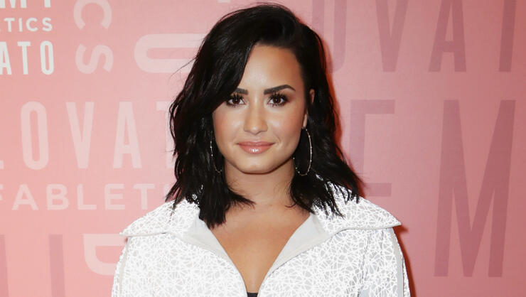 demi-lovato-seen-for-first-time-since-overdose