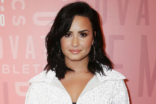 Demi Lovato Seen In Public For The First Time Since Overdose