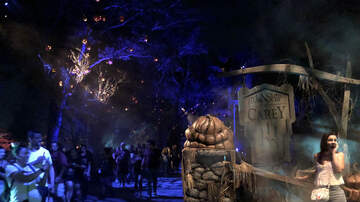Photos - Universal's Halloween Horror Nights con Super