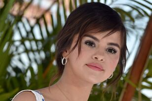 Selena Gomez: 5 Things She Shared Before Leaving Social Media