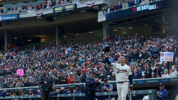 Twins - Wow, In what might be his final at bat Joe Mauer went all Joe Mauer on it!