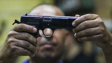 DJ Ready Rob - BNA TSA Officers Find Loaded Gun Inside Nashville Passenger's Carry-On Bag