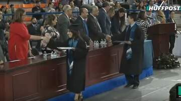 Nick Wize - A Law Student In Mexico Breaks Dress Code for Graduation