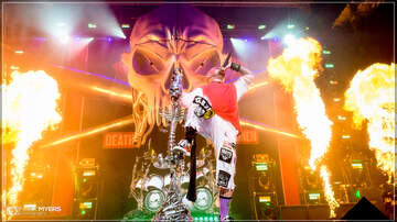 Concert Photos - Five Finger death Punch