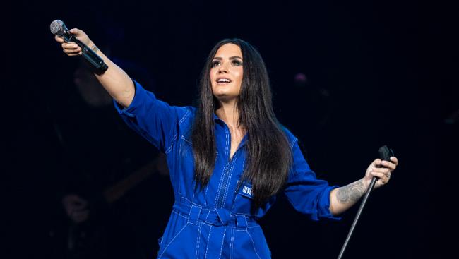 Demi Lovato To Guest Star On Final Season Of 'Will & Grace'