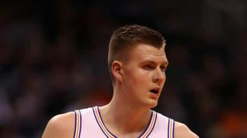 J-Wizz - NBA Knicks star joins Hackensack Police for coffee