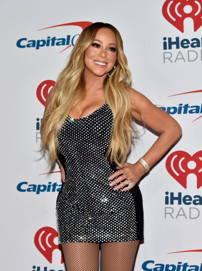2018 iHeartRadio Music Festival - Night 1 - Press Room LAS VEGAS, NV - SEPTEMBER 21: Mariah Carey poses in the press room during the iHeartRadio Music Festival at T-Mobile Arena on September 21, 2018 in Las Vegas, Nevada. (Photo by David Becker/Getty Images for iHeartMedia)