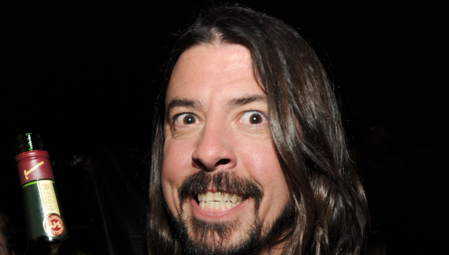 Dave Grohl's Pre-Show Routine Has Fans Concerned About His Drinking
