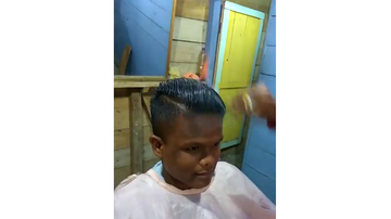 JB - This Hairdresser's Skills are Fire...Literally