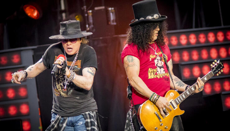 Slash Names Axl Rose One of His Favorite Singers of All-Time
