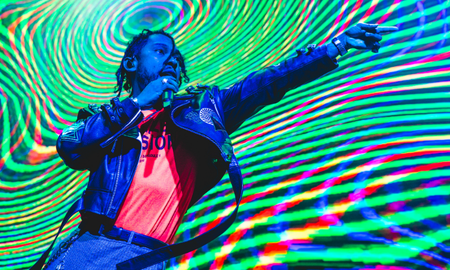 Entertainment - Miguel Offers Up 'War & Leisure' (And Finesse) To Secret Brooklyn Concert