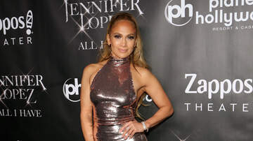 Patty Rodriguez - Jennifer Lopez Will Debut Her New Single At The AMAs
