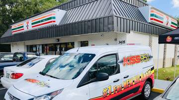Photos - 7-Eleven Grand Opening