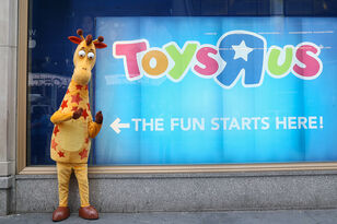 It's OFFICIAL!!! Toys R Us is Returning As....