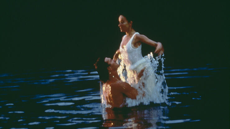 American actors Patrick Swayze (1952 - 2009) and Jennifer Grey star in the film 'Dirty Dancing', 1987