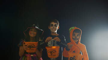 Mountain Man Jay - Trick-Or-Treaters Over 12 Could Face Jail Time In This Town. Do You Agree?