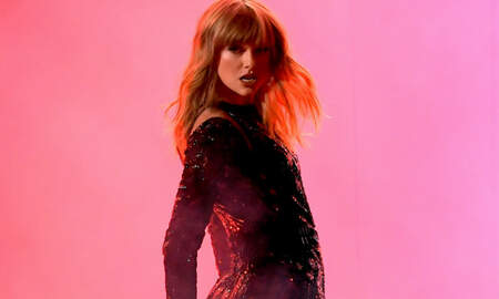 Music News - Taylor Swift Signs New Record Deal With Universal Music Group