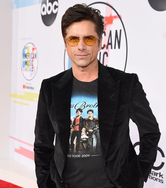 John Stamos American Music Awards 2018