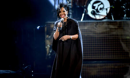 Entertainment - Gladys Knight, Ledisi & More Tribute Aretha Franklin During AMAs Finale