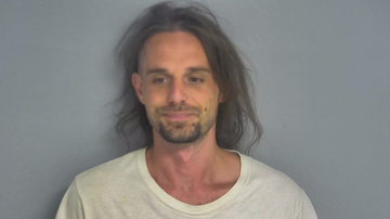 Weird, Odd and Bizarre News - Man Jailed After Posting Video on How to Remove Ankle Monitor to Facebook