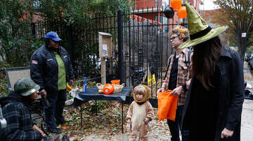Woody Johnson - Trick-Or-Treat Times In and Around Columbus