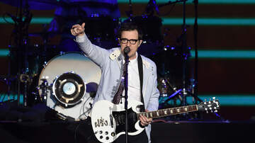 Producer Tyler - Weezer Debuts Can't Knock The Hustle (Starring Rivers Wentz)